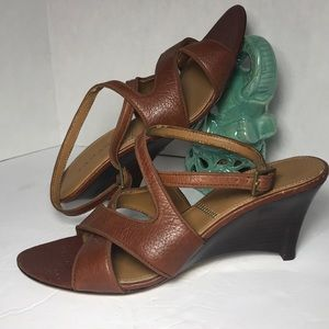 TAHARI Brown Leather Sandals